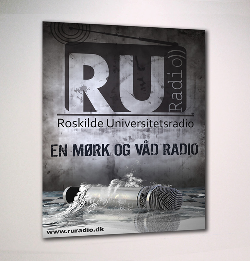 Poster design for RU Radio, af Ideal Pixel - En Mørk og Våd Radio
